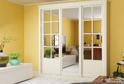 Шкаф с классическими дверьми-купе из коллекции YVOIRE