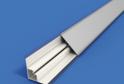 Плинтус треуг-й алюминиевый 3 м. арт.1040